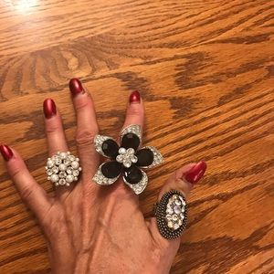 Three expandable rings!! Bling!! 💍